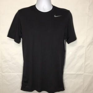 NIke Dri Fit Men's shirt side ventilation mesh S